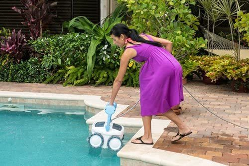 Aquabot Pool Cleaner Reviews – ABREEZ4WD Breeze 4WD - Weight