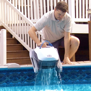 Dolphin E10 Automatic Robotic Pool Cleaner Review - Weight